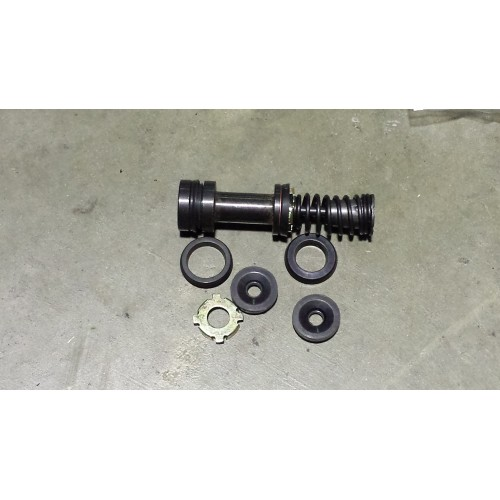 AEU1047 Brake Master Cylinder Kit